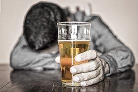 Homem - cerveja
