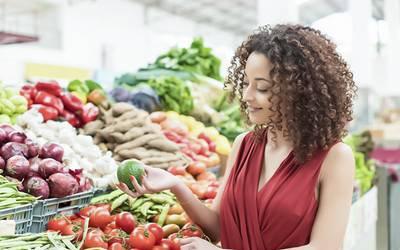 O Planeta exige dietas com menos carne e mais verduras e fruta