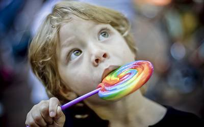 Crianças e adolescentes portugueses são quem mais ingerem açúcar